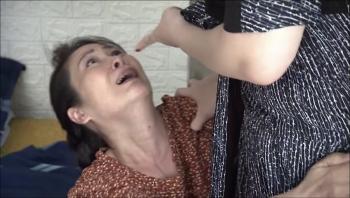 Lửa ấm - Tập 29 (tối 10/11): Đào bị đánh ghen tại phòng trọ