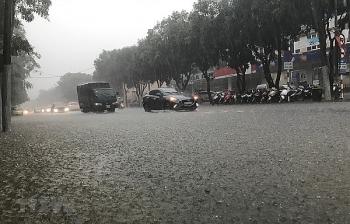 Thời tiết 11/11: Áp thấp gây mưa lớn diện rộng ở Trung Bộ và Tây Nguyên