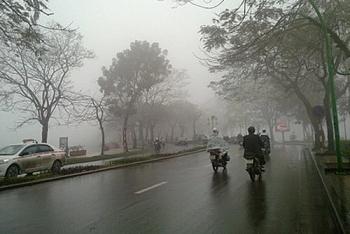 Thời tiết 2/12: Trời rét, mưa giảm dần ở Trung Bộ