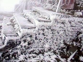 Không khí lạnh tăng cường, Sapa có thể xuất hiện băng tuyết từ đêm 4/12