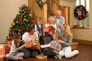 Noel 2020: Những món quà giáng sinh ý nghĩa cho bố mẹ