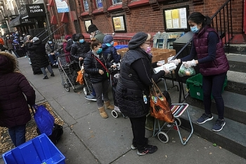 Mỹ: Số người nộp đơn xin trợ cấp thất nghiệp tăng vọt trong một tuần