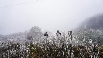 Thời tiết 10 ngày tới (27/12- 06/01) Không khí lạnh tràn về, nhiệt độ Bắc Bộ giảm sâu từ ngày 30/12