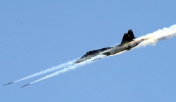 Trung Quốc tung tiêm kích Su–35 phô diễn sức mạnh trên Biển Đông