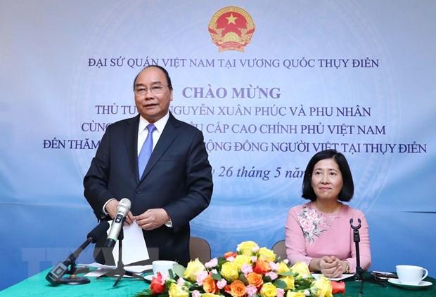 thu tuong tham dai su quan va cong dong nguoi viet tai thuy dien