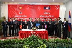 viet nam lao phoi hop quy tap 230 hai cot liet si trong mua kho 2018 2019