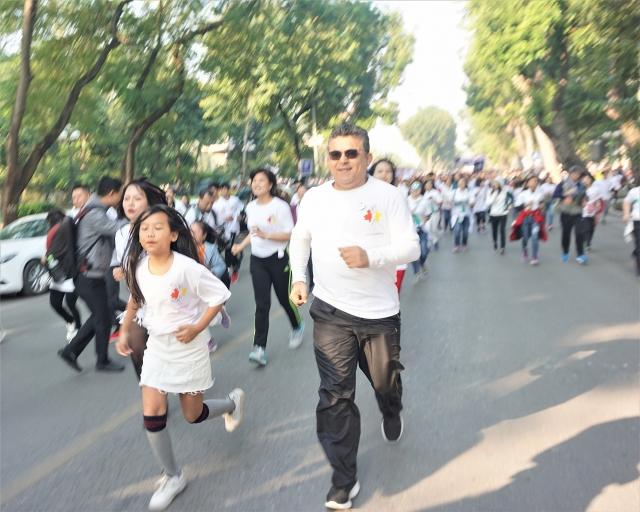 hanoi run for children 2019 thu hut dong dao dai su nghe si tham du